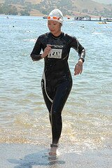 Minnie swims tri